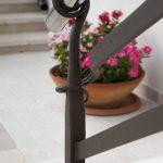 ringhiera balcone ferro battuto e acciaio inox dettaglio